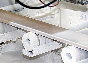 Rodapie blanco, proceso de lacado. IAMOL - Industria Auxiliar de la Moldura