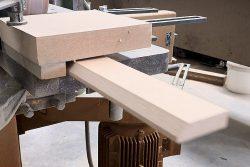 Rodapie, proceso de moldurado. IAMOL - Industria Auxiliar de la Moldura