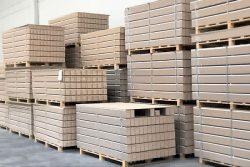 Rodapie lacado blanco terminado. IAMOL - Industria Auxiliar de la Moldura